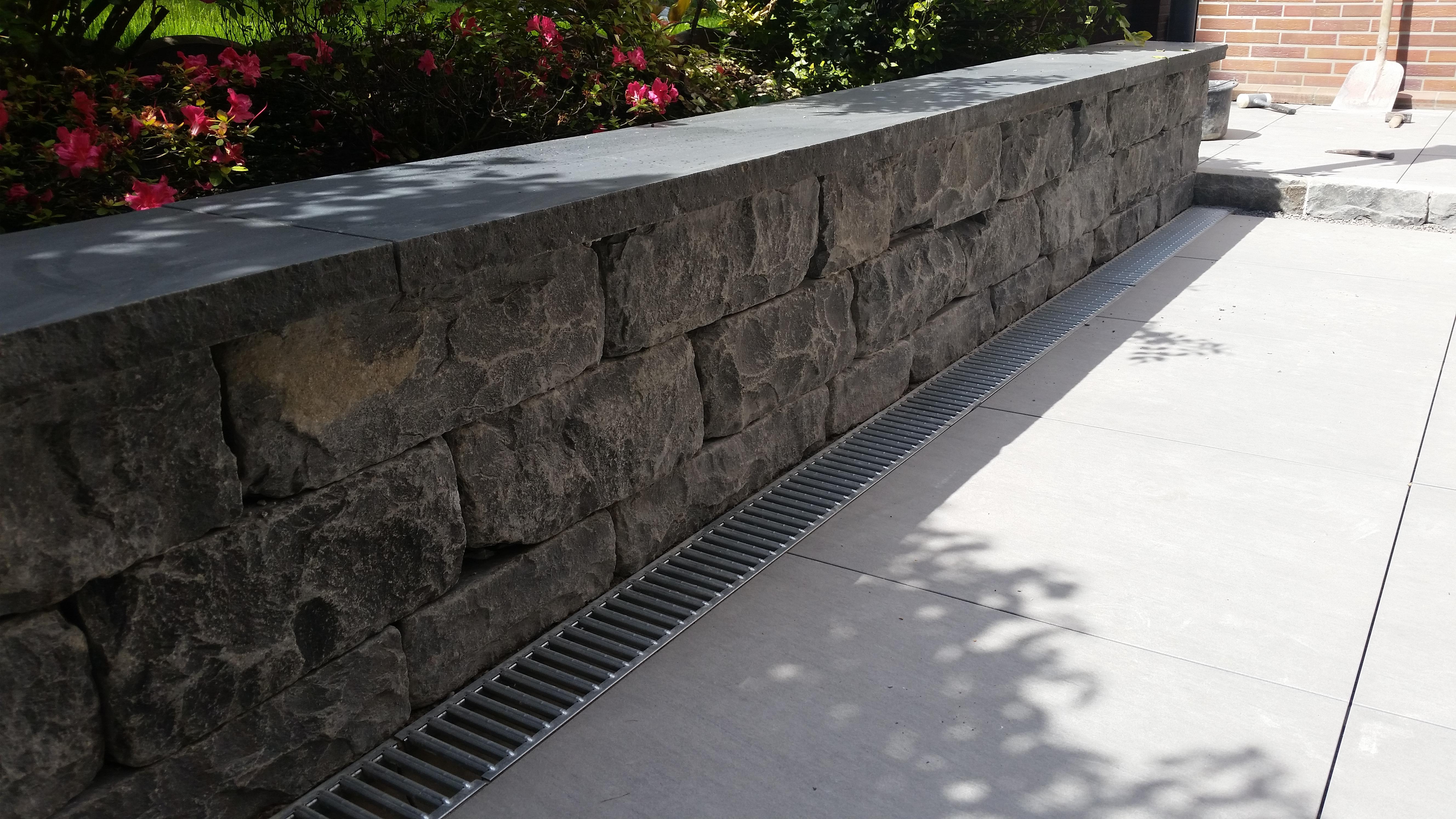 Abdeckplatten Basalt Kerala 100x30x4cm