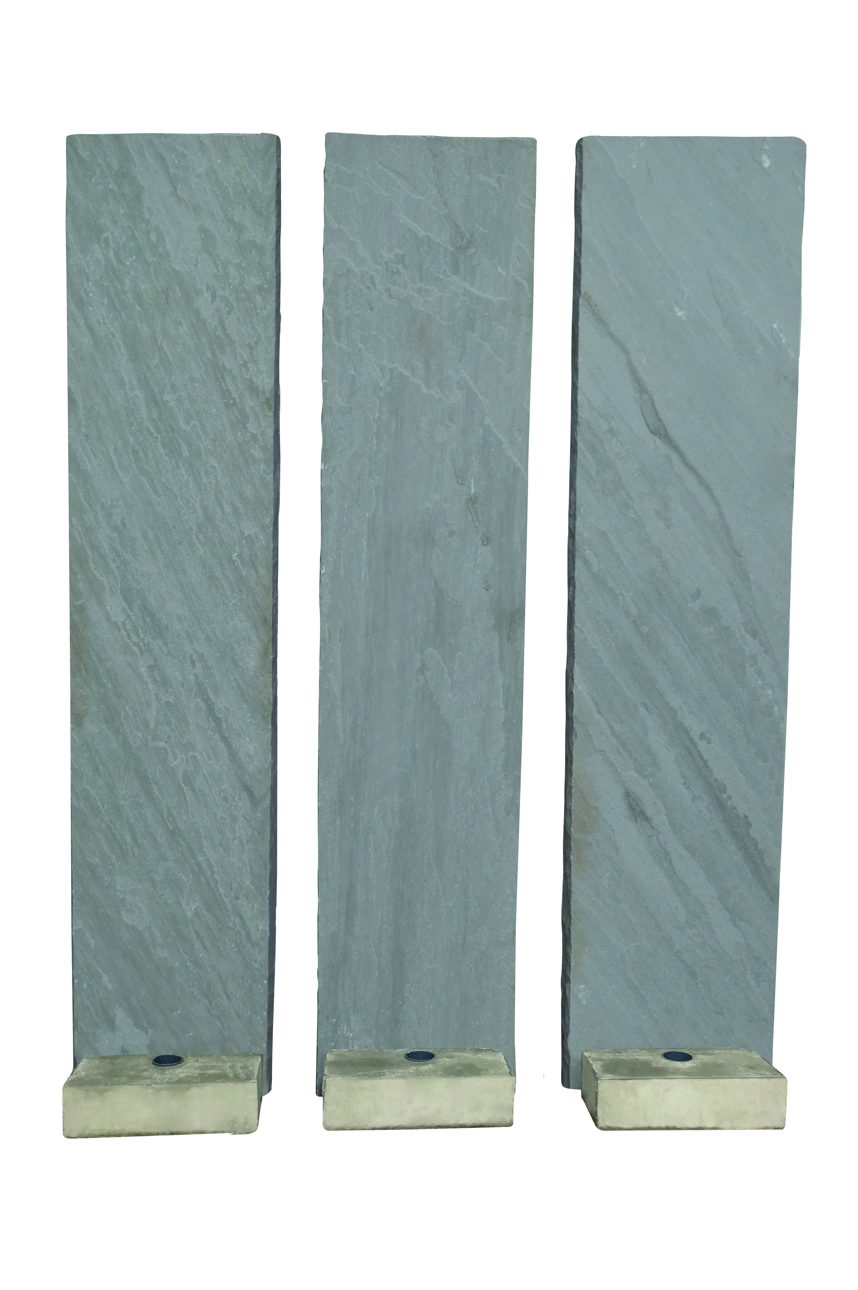 Palisade Sandstein grau Taco 200x50x4-6cm mit Betonsockel